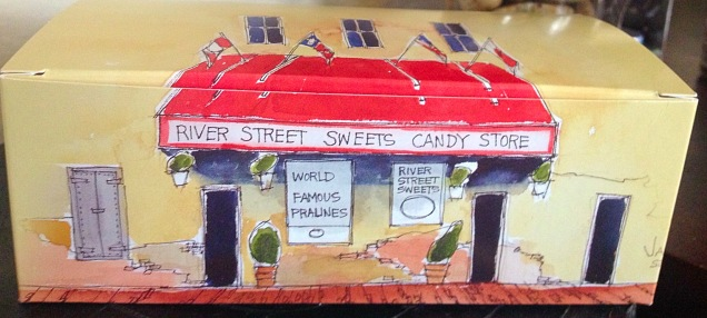 We had to stop by River Street Sweets so I could get some fudge and the boyfriend could get some pralines.